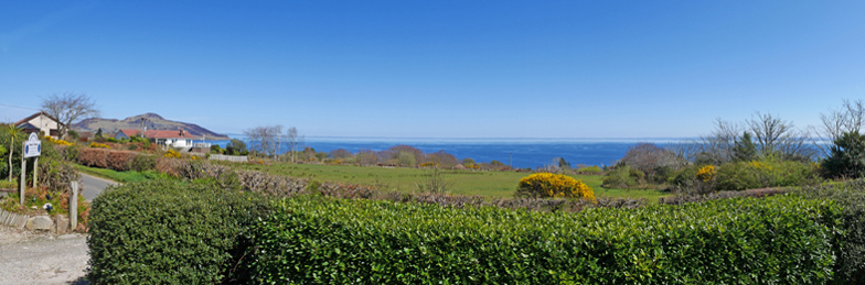 Viewbnak – Isle of Arran B&B Accommodation. Bed & Breakfast Guest House near Whiting Bay golf course with sea views.