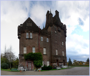 Brodick Castle | Isle of Arran – Whiting Bay – Viewbank House